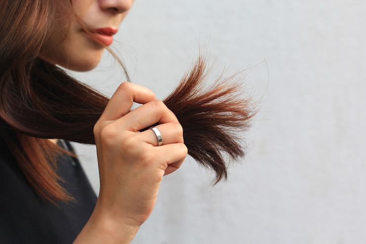 Как лечить секущиеся волосы