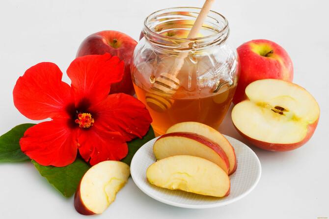 Яблочные маски для волос