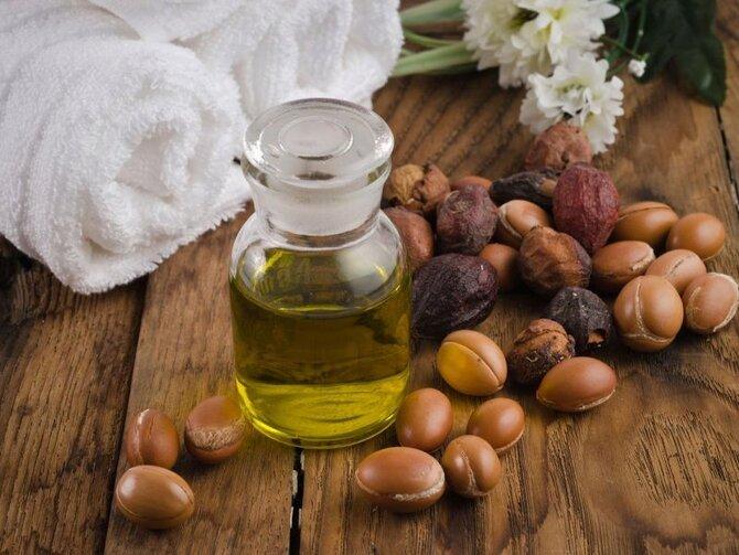 Как используют аргановое масло для волос