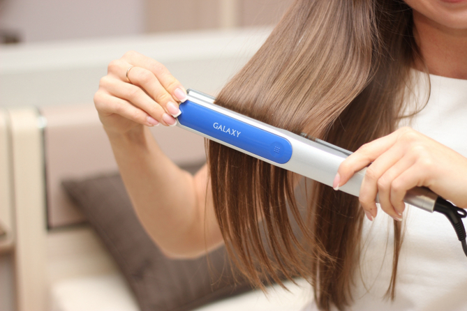 Как правильно выбрать щипцы для выпрямления волос